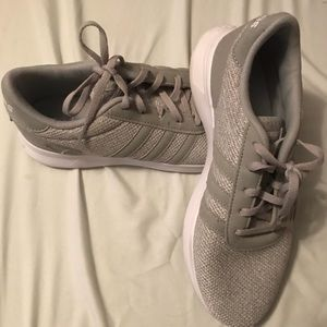 Adidas Womens cloudfoam size 7.5